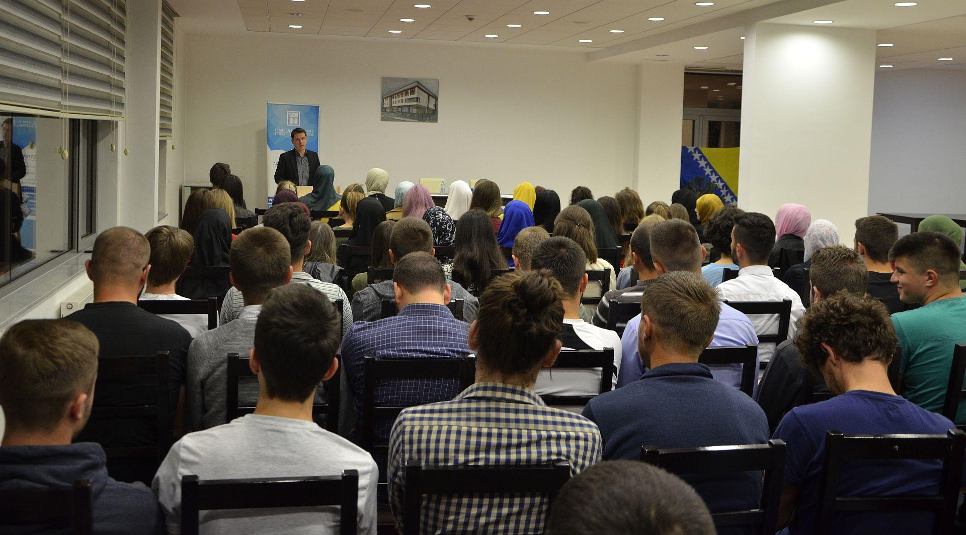 Potpisivanje ugovora sa 134 stipendista, oktobar 2018., Fondacija Izvor nade, 10.10.2018.