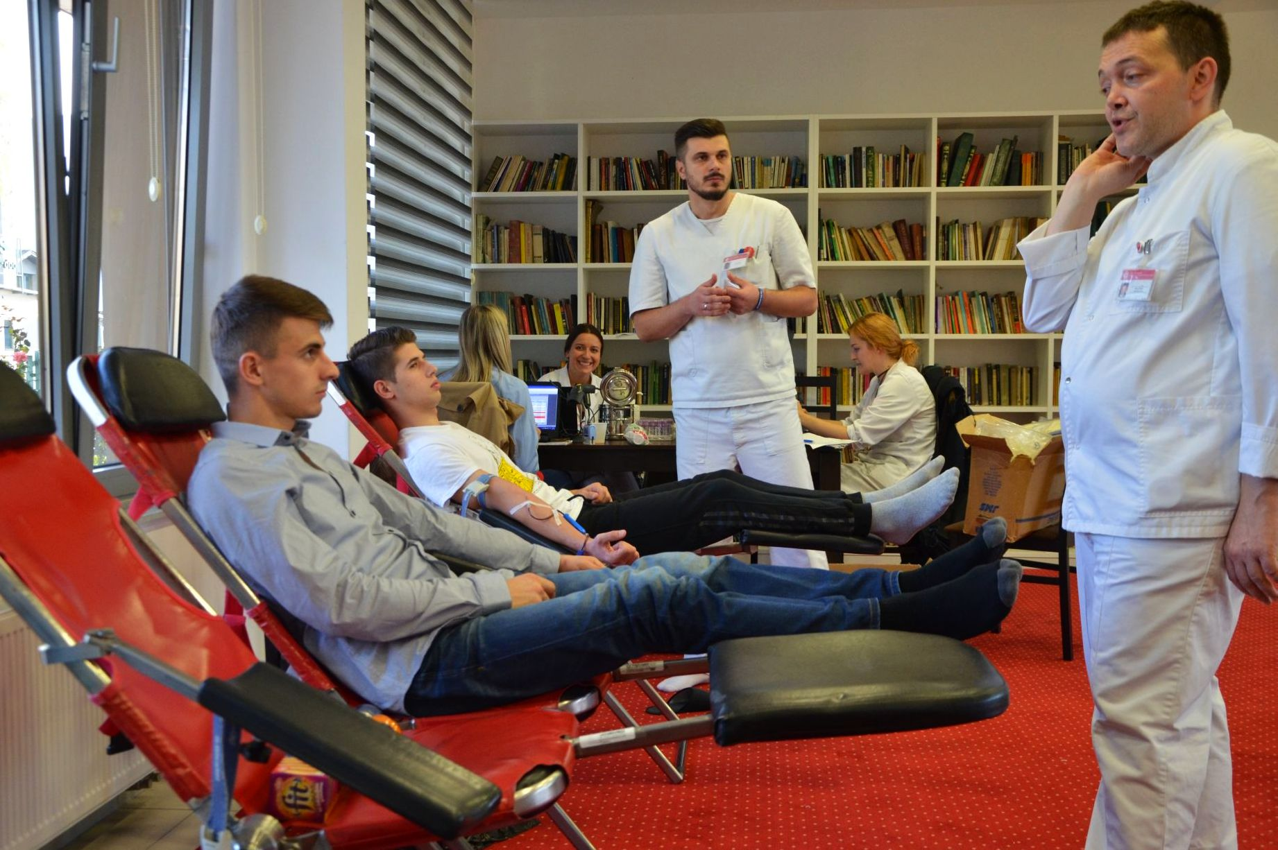 Studenti Studentskog doma Izvor nade darovali krv