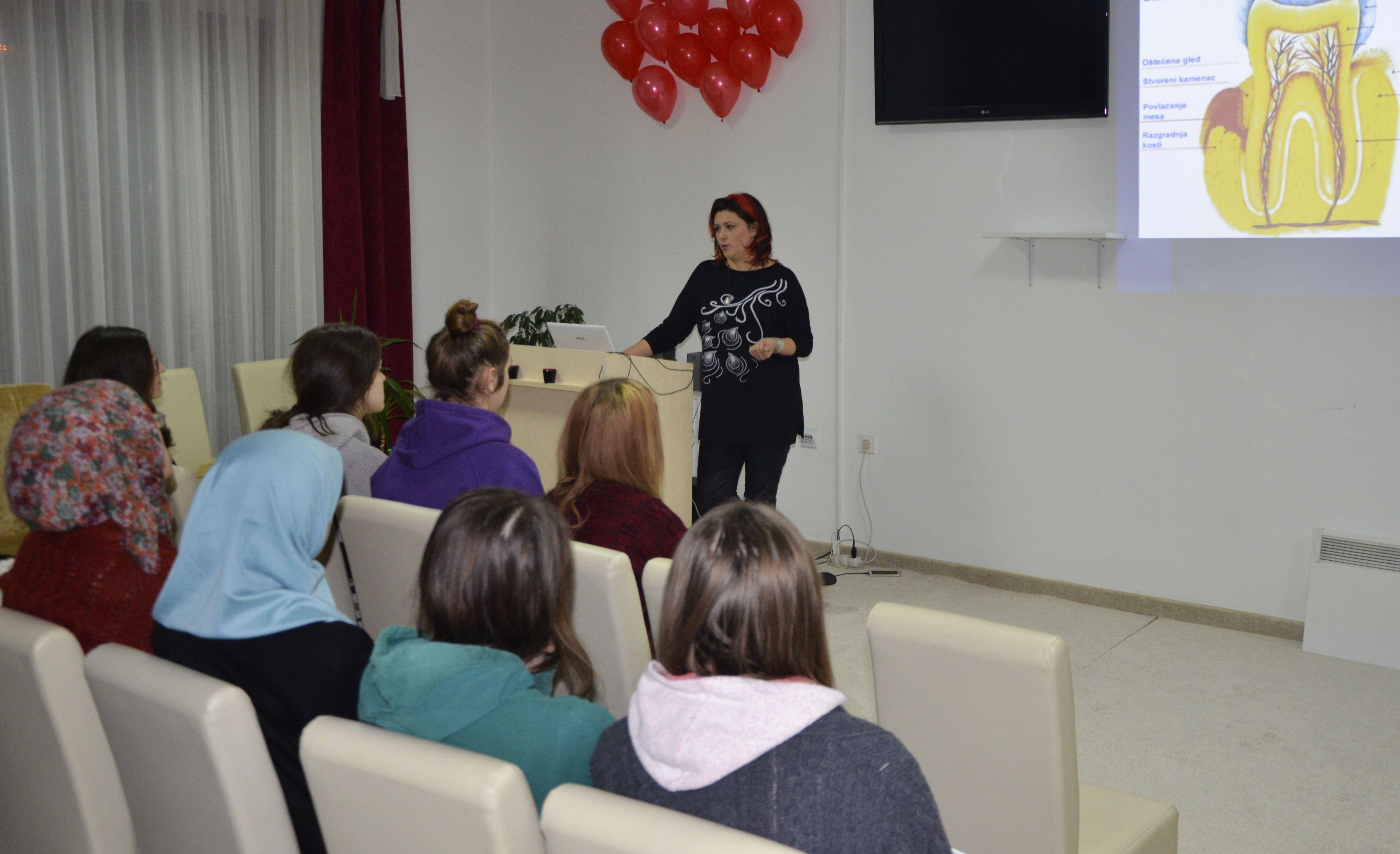 Prof. dr. Amila Zukanovic, predavanje o oralnoj higijeni