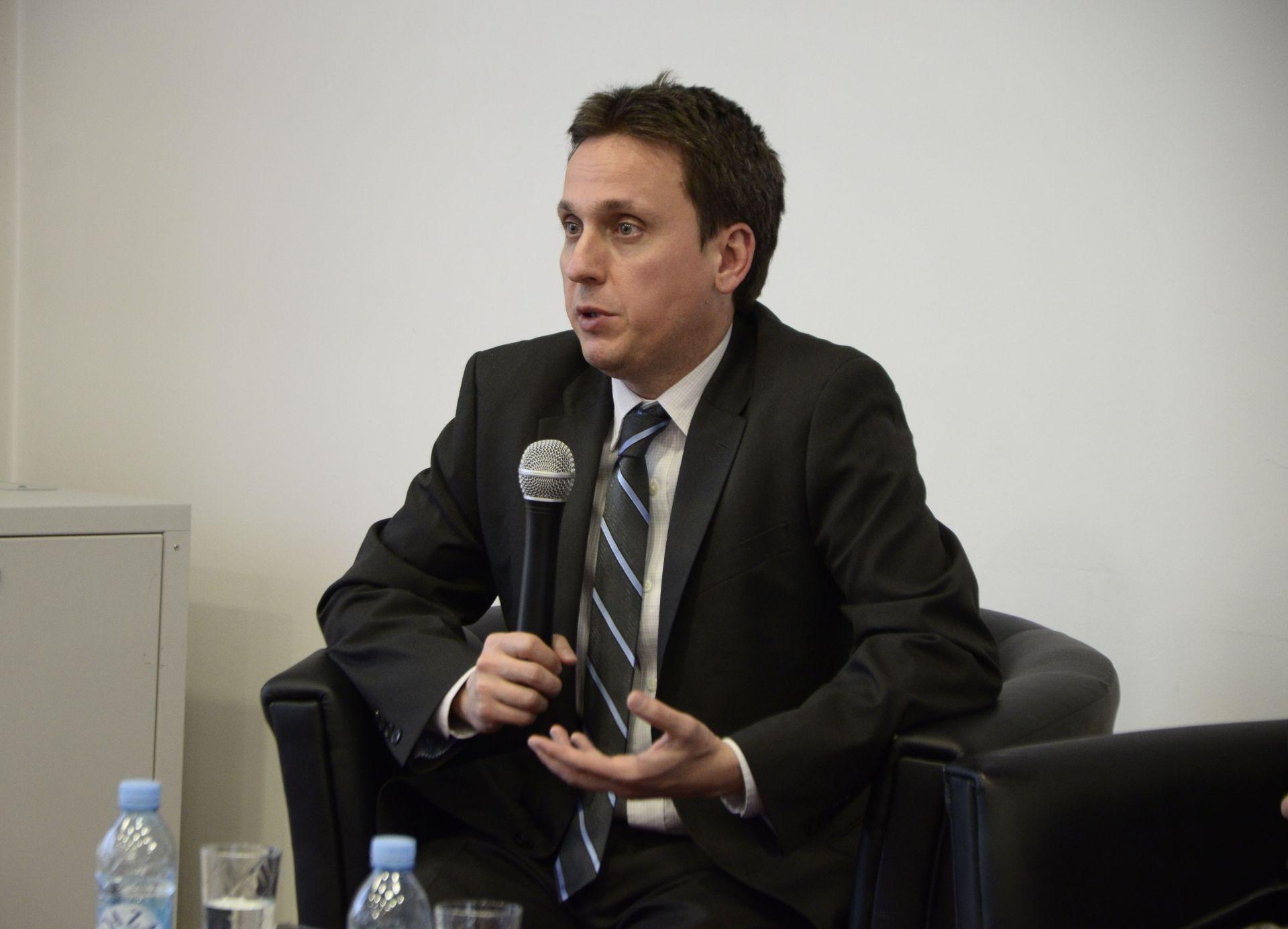 Ervin Sejdic tokom predavanja u Fondaciji Izvor nade