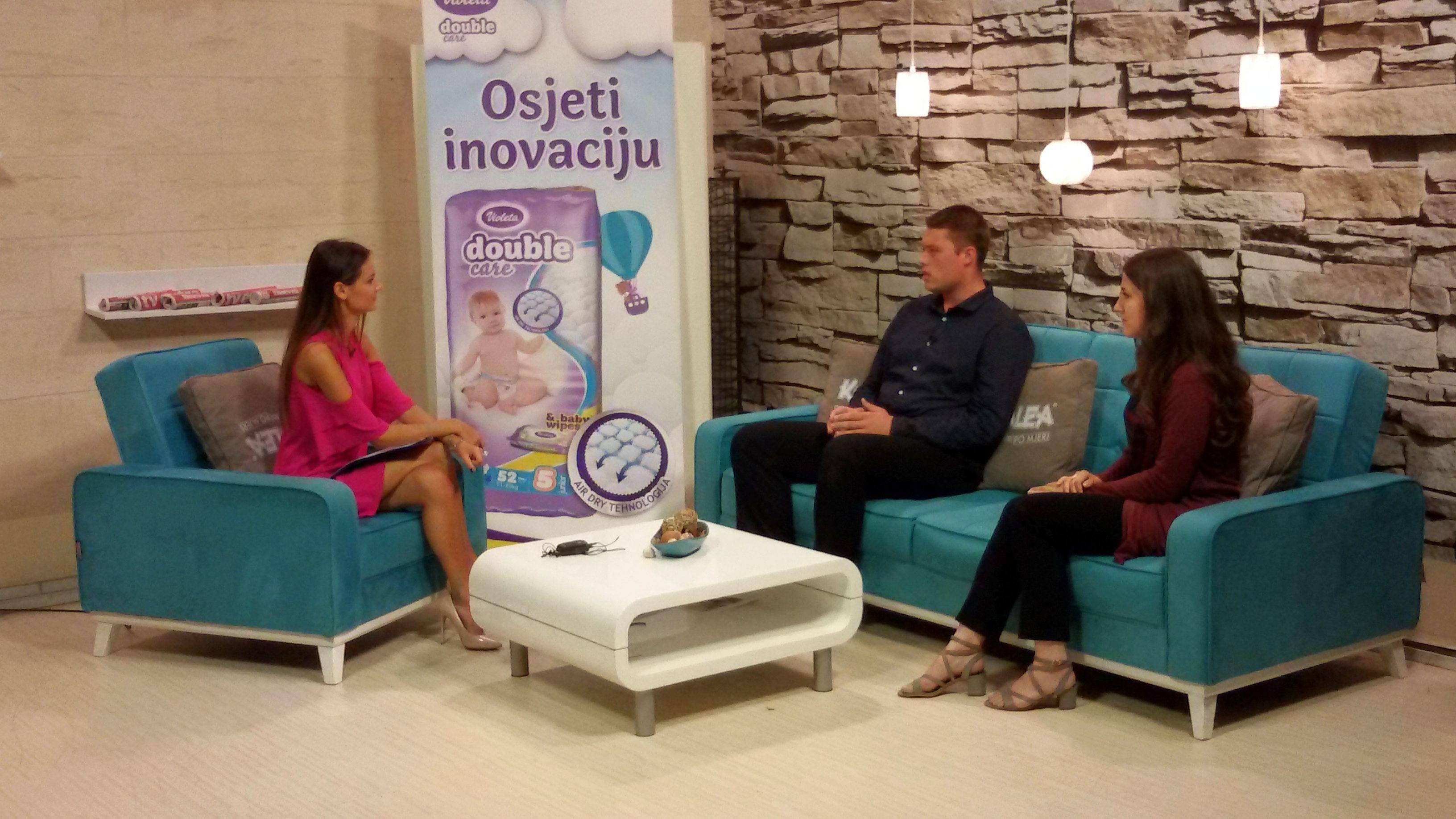 TV Alfa, 16.8.2017., gostovanje Faruka Cidica i Selme Hecimovic u vezi Ljetne skole za djecu iz povratnickih mjesta