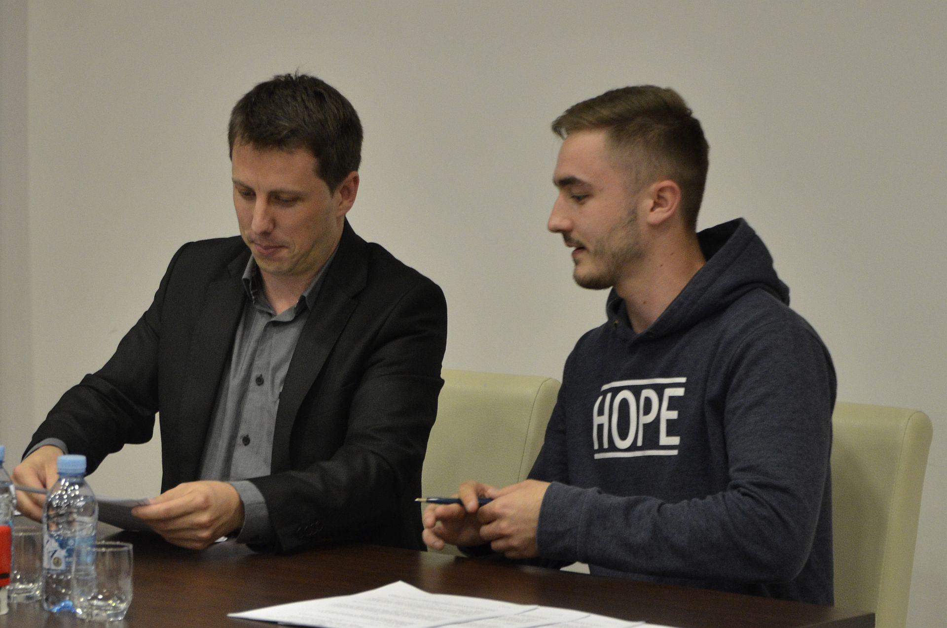 Potpisivanje ugovora okt_2018_Fondacija Izvor nade 13