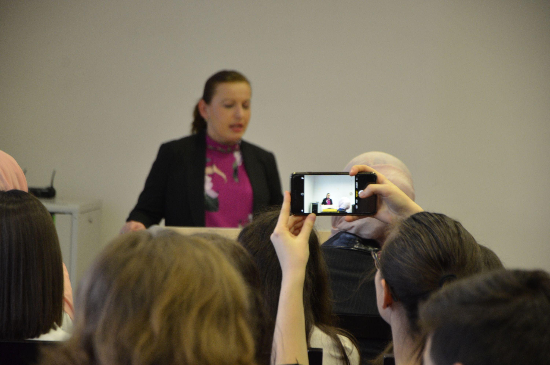 Zavrsna svecanost Mini-skola i Videokonkurs 22.11.2018_17