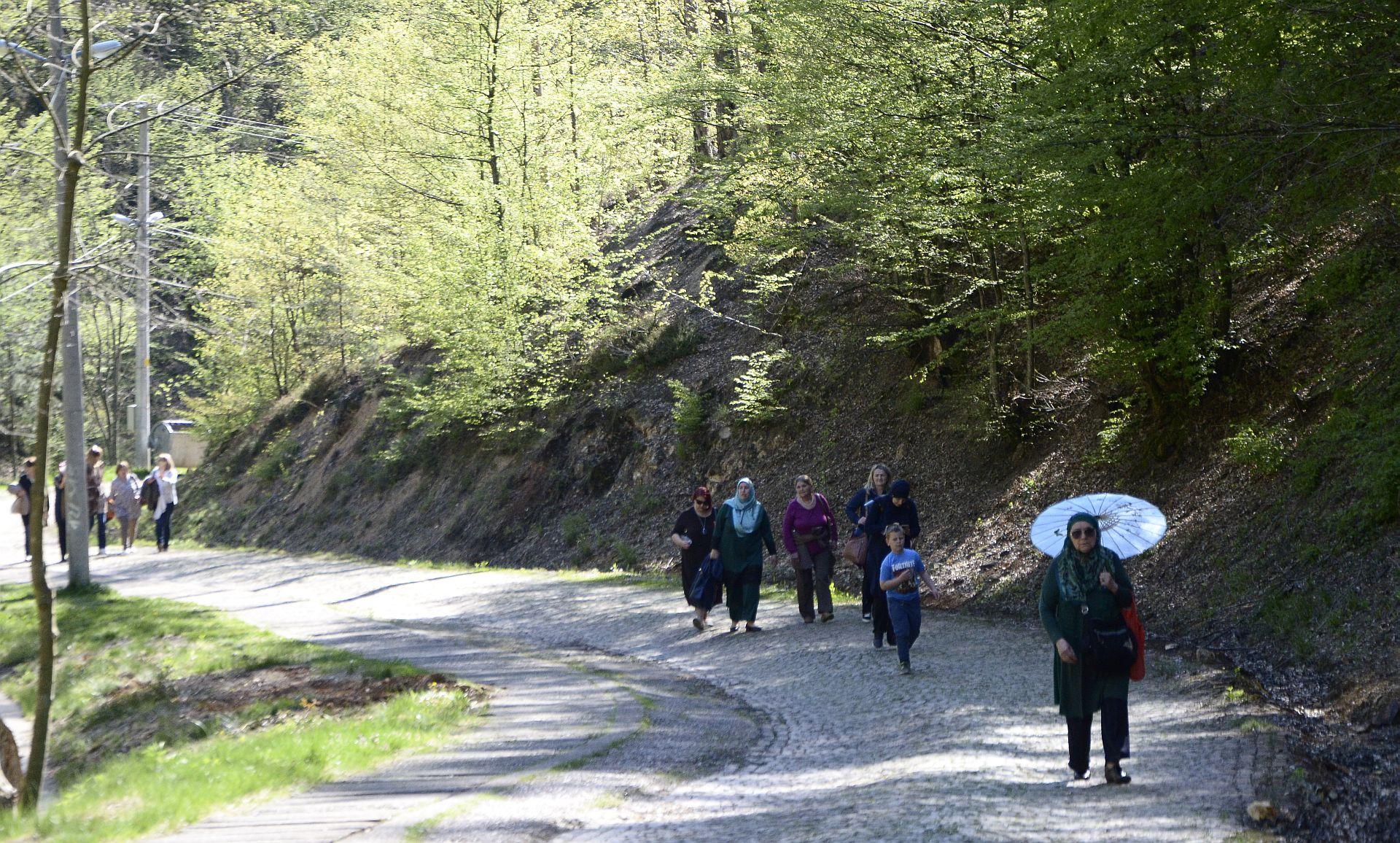 Posjeta Srebrenici projekat Domovina kroz historiju 9