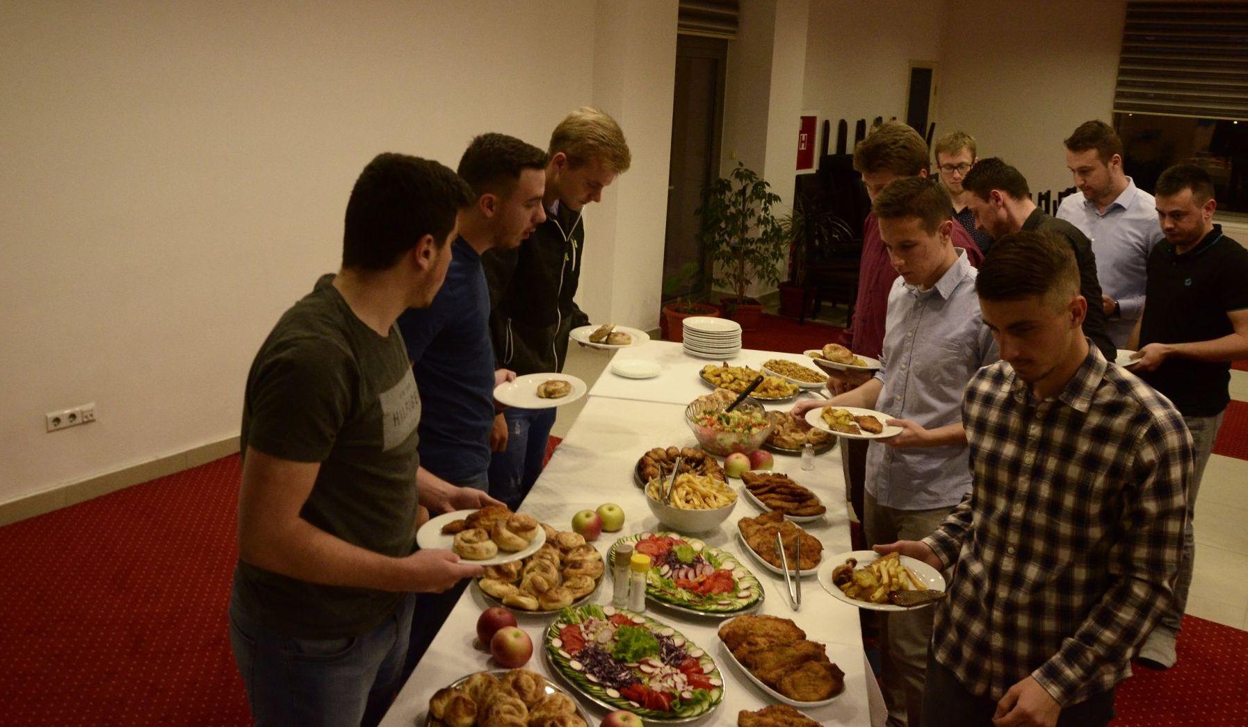Iftar za bivse stipendiste 28.05.2019_14