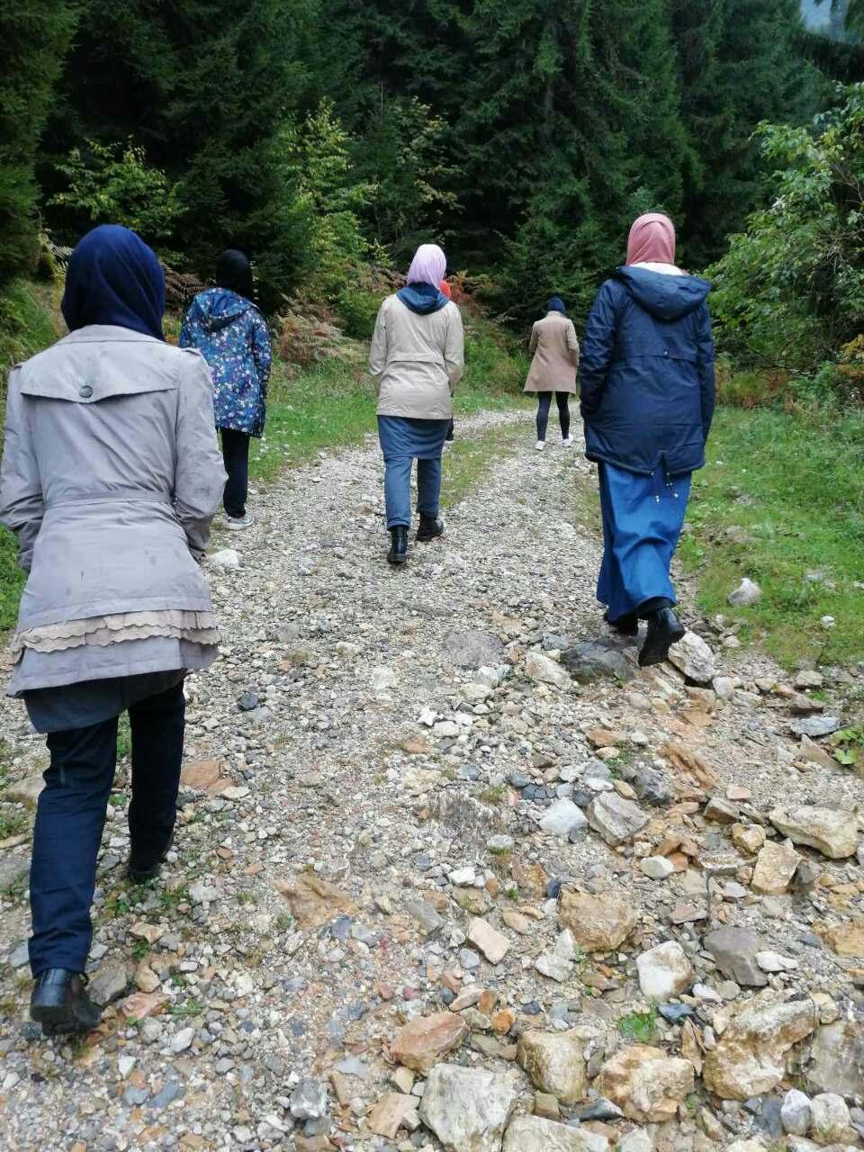 Trening o vrsnjackom mentorstvu Fondacije Izvor nade, boravak u prirodi 2019.